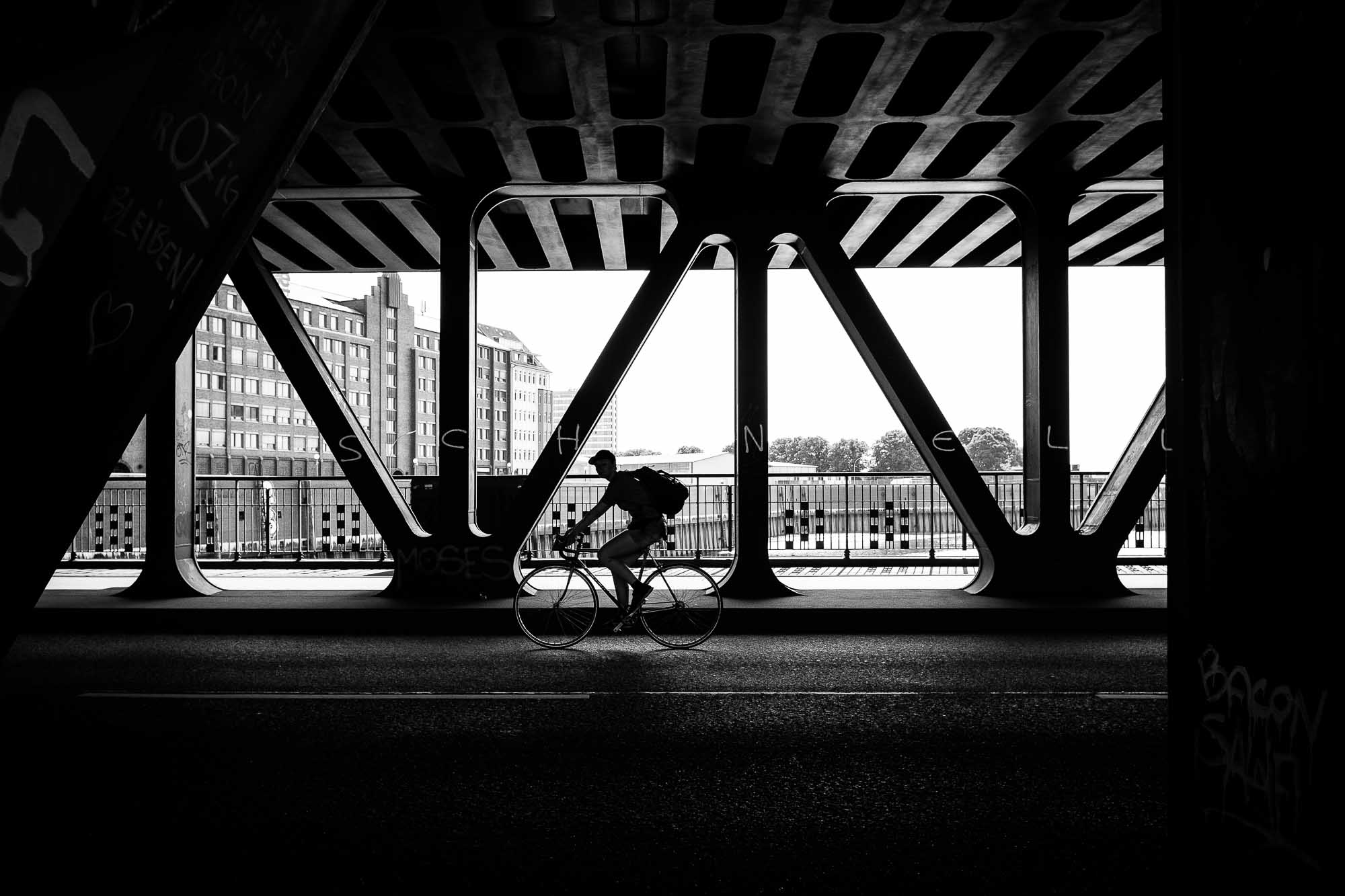 Street Photography Workshop Hamburg  Bike Marco Larousse